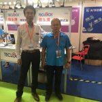 「寧波市」という、中国有数の商工業都市で開催の展示会に出張中の原田社長から現地の写真が届きました!テクロックブースで出展してくれている海外パートナーの皆さんありがとうございます。
